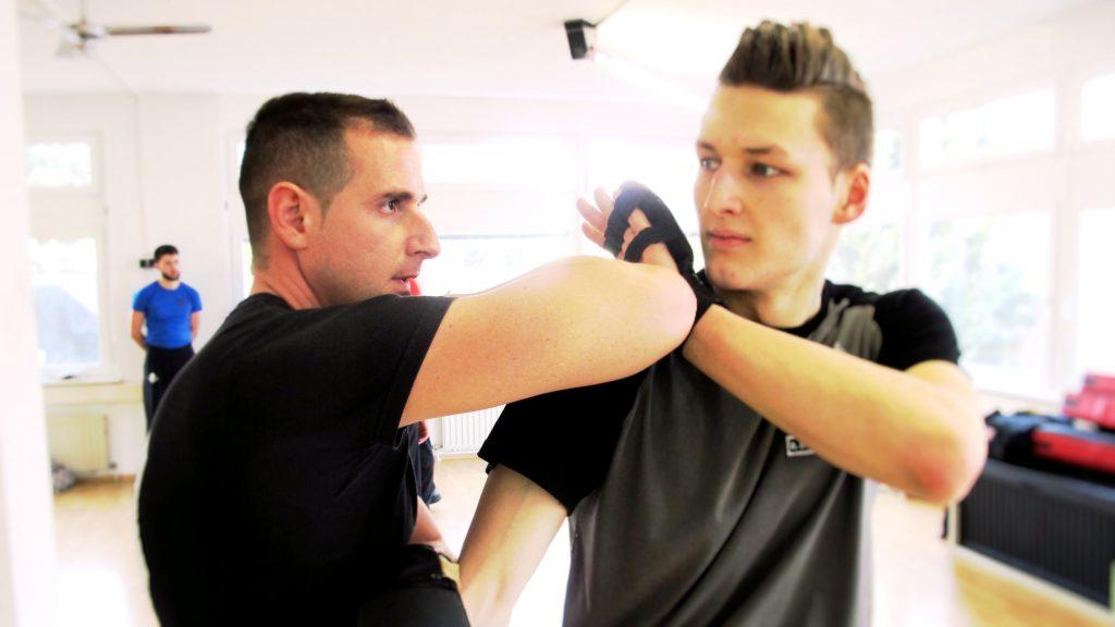 Wing Tsun Stuttgart West Kung Fu Selbstverteidigung, MMA Martial Arts, Krav Maga, Kampfsport